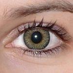 3 tones green v detailu na původní barvě očí hnědo-zelené